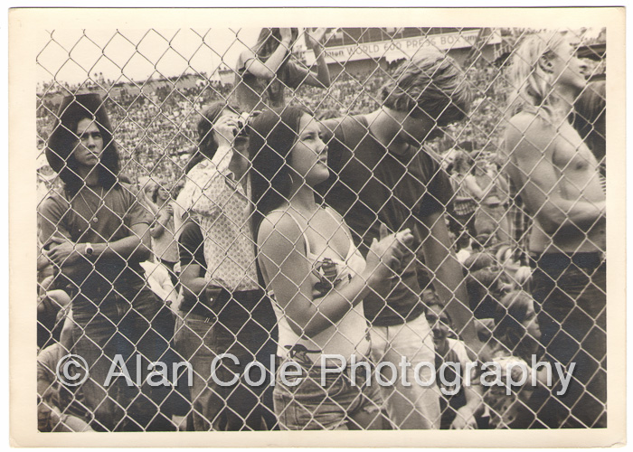 august jam charlotte motor speedway 1974 rock concert kodak tri-x film photography darkroom print yashica tl electro-x camera vivitar series 1 i zoom crowd fan audience